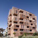 "Muñoz Miranda Architects Designs Málaga Apartment Block to Appear ""Sculpted From Clay"