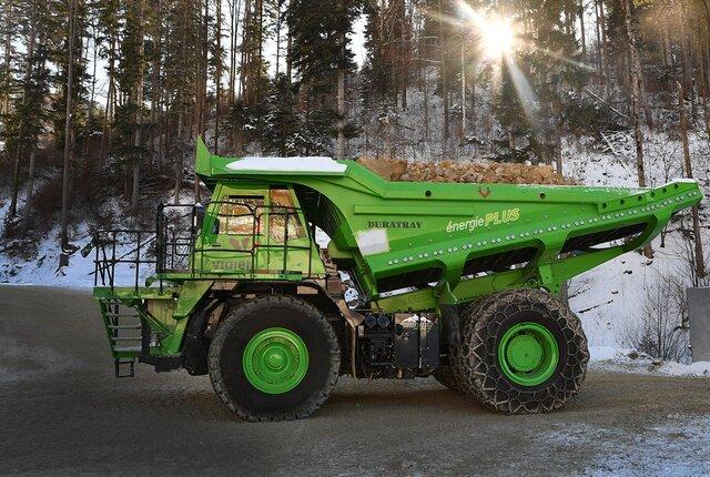 بزرگترین کامیون خودران جهان شارژ نمیخواهد!