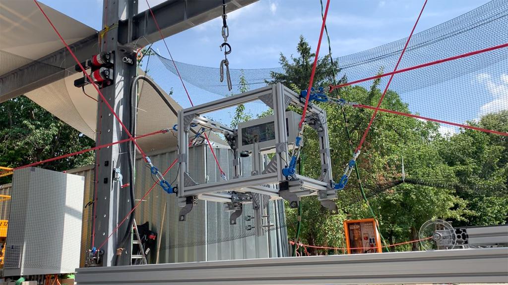 To celebrate the Bauhaus Centennial, German Researchers Show off New Robot Printer