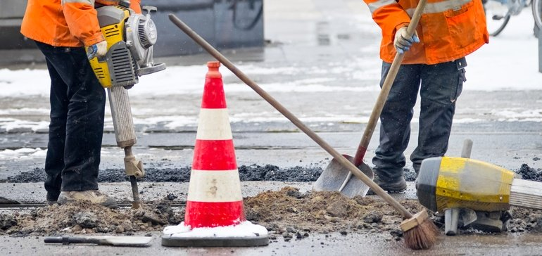 7 Ways to Keep your Highway Construction Workers Safe