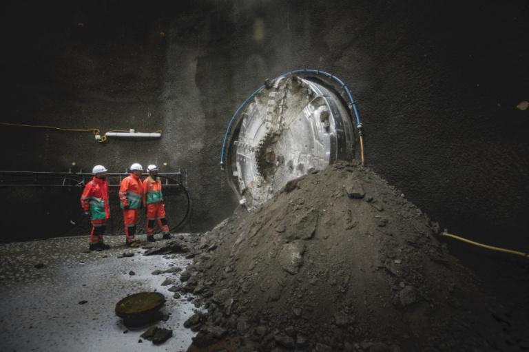 Charlotte Makes Breakthrough for London's Super Sewer