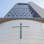 Skyscraper-Like Church Fits Into Awkward City Plot