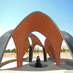 Iranian Students Use Soil to Build the Kooshk Freeform Research Pavilion