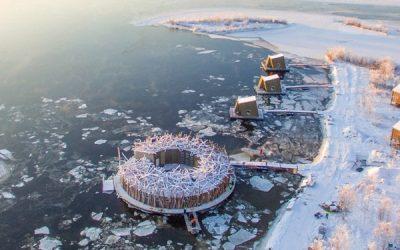 سوئدیها هتل شناور یخی ساختند