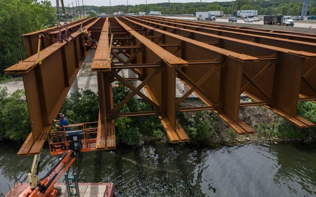 Illinois Tollway Installing Giant Beams on Mile Long Bridg