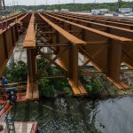 Illinois Tollway Installing Giant Beams on Mile Long Bridg