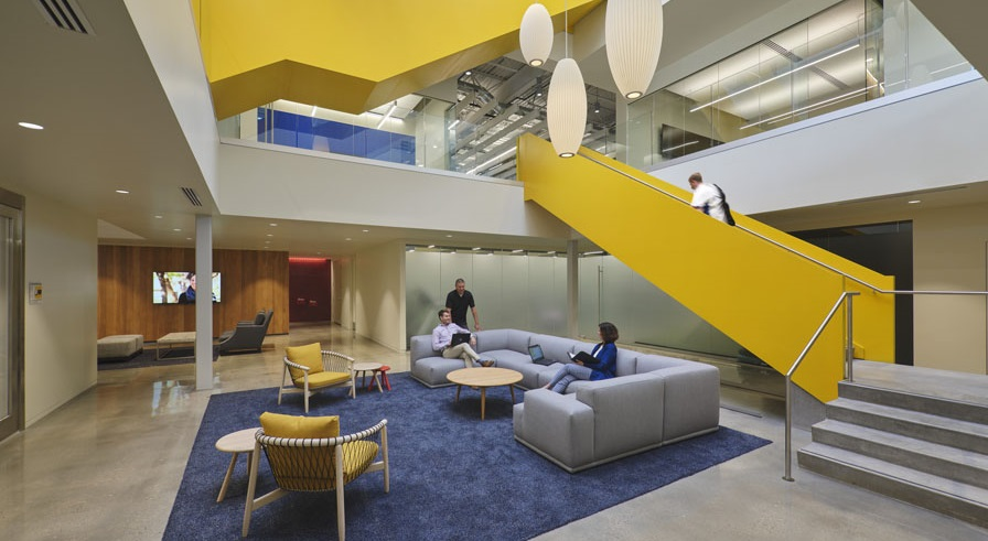 A Construction Company's New Workplace Reveals Its Material Prowess