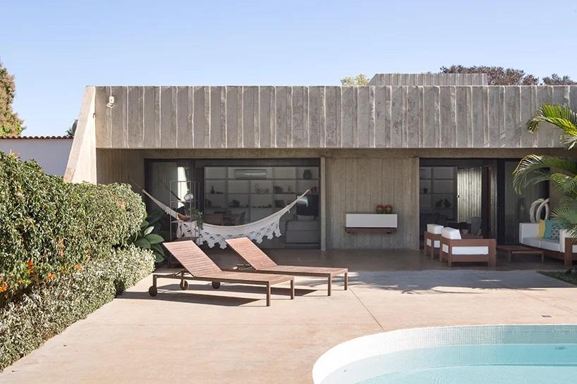 Bloco Arquitetos Restores Milton Ramos' Concrete 'MR 53 House' in Brasília