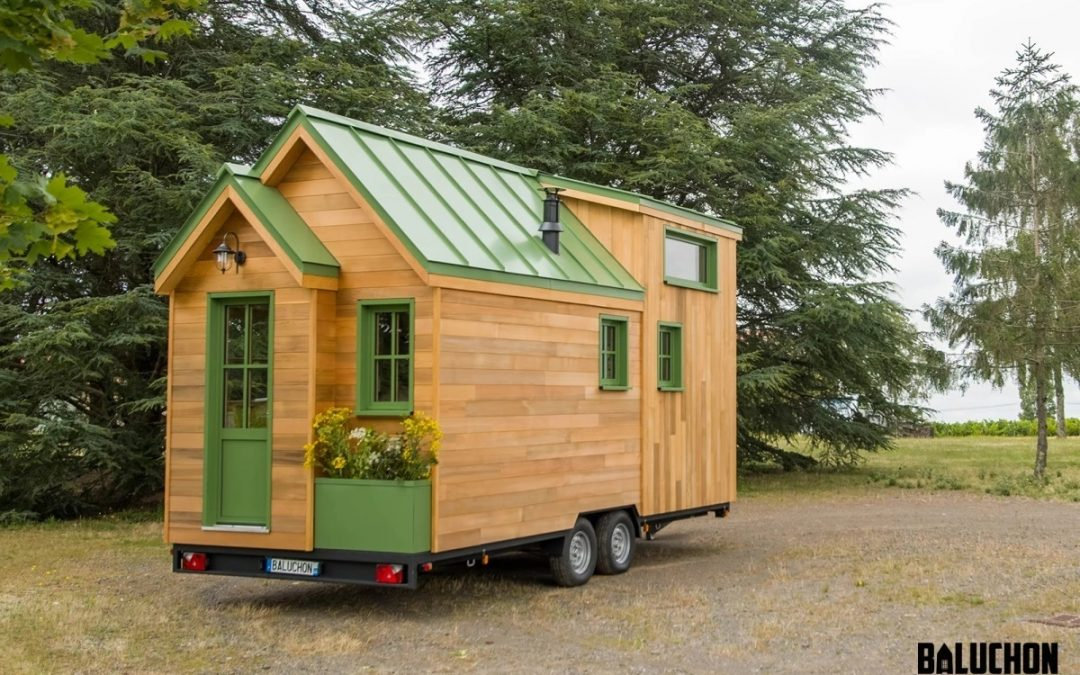 Petite Beauty Makes Your Average French Tiny House Feel Small