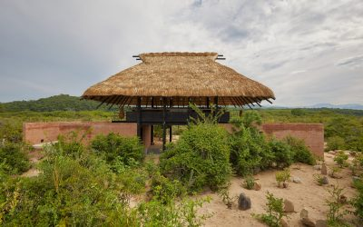 Thatched Roof tops Open-air Japanese Restaurant for Mexico's Hotel Escondido