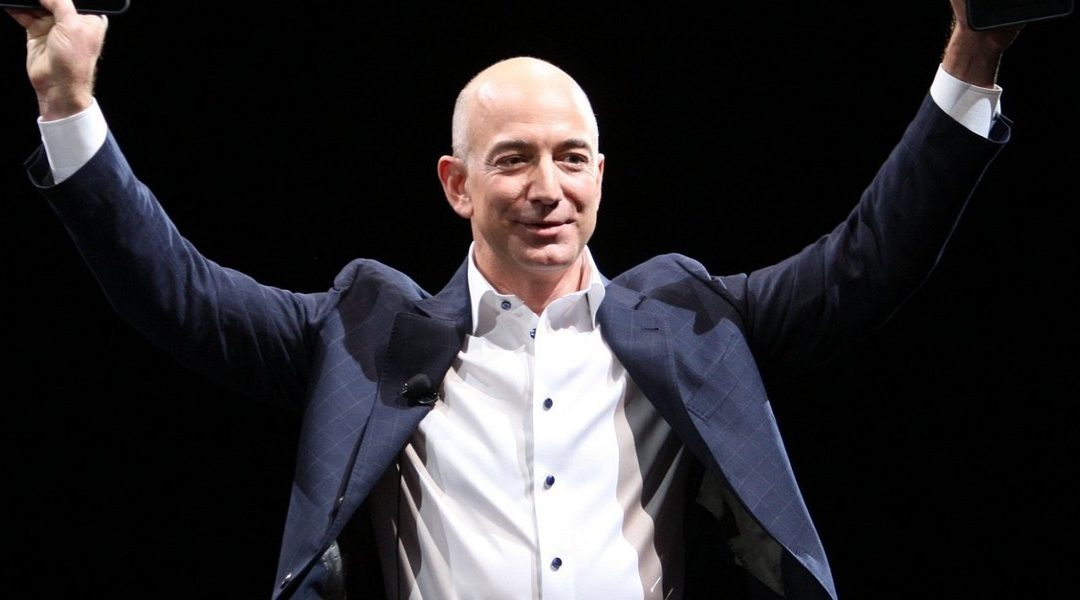 Here's How Jeff Bezos' Brilliant Memo System Can Dramatically Improve Your Virtual Meetings