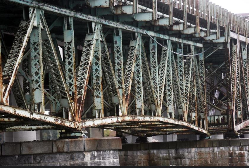 Is General Sullivan Bridge too Historic to Replace with Pedestrian Path?