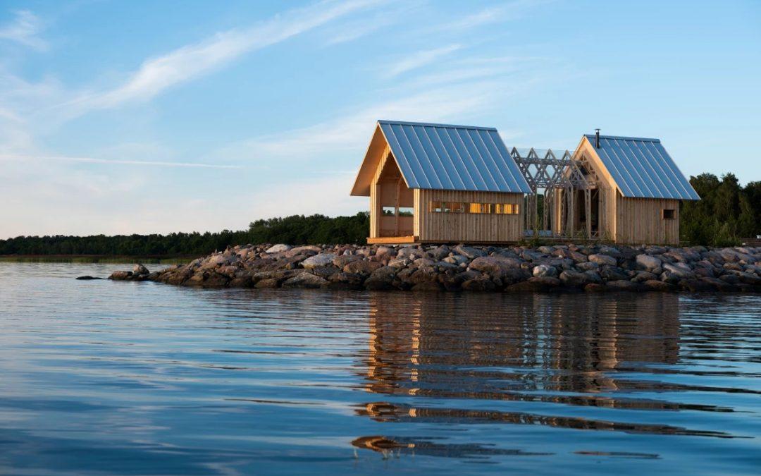 Stunning Cabin Slides Apart for Semi-outdoor Living