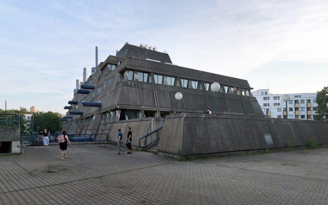 Demolition of the Concrete Mausebunker in Berlin