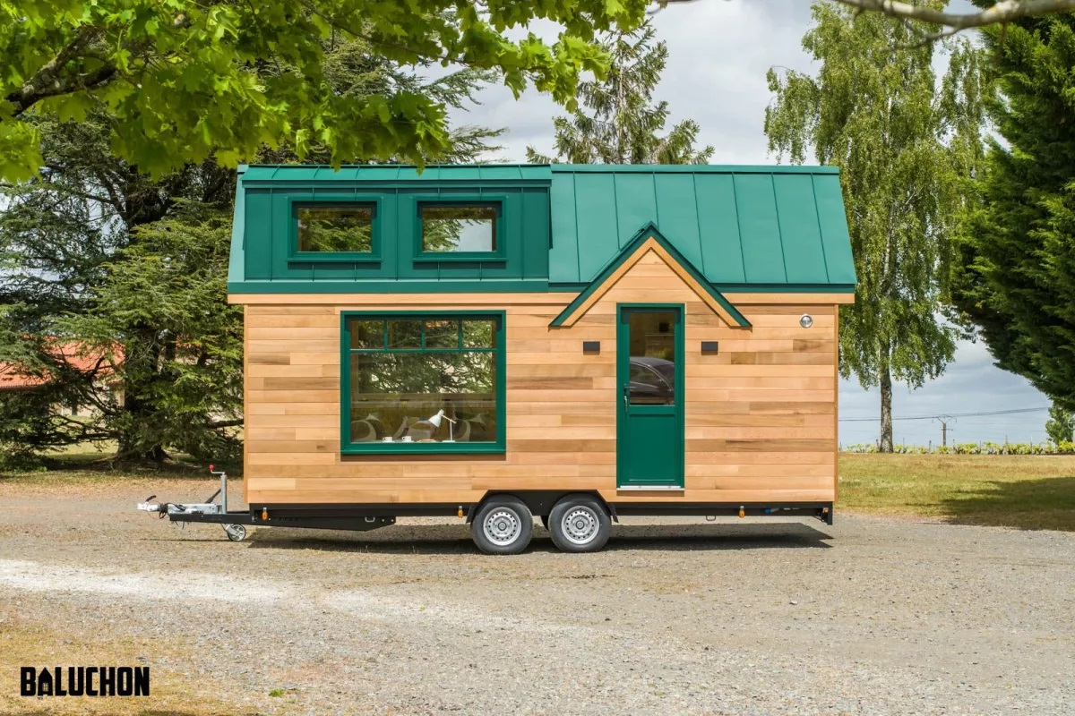 A Compact and Comfortable Tiny House for Vacation - GCO Portal