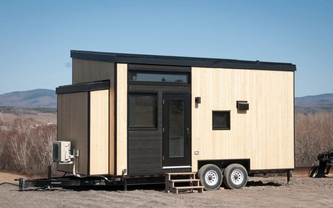 A Minimalist Hardy Designed Tiny House