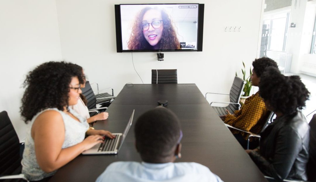 9 Ideas for Successful Hybrid Meetings