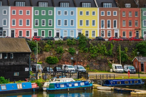 Guide to Use Masonry Paint: What is? Where and How to Use