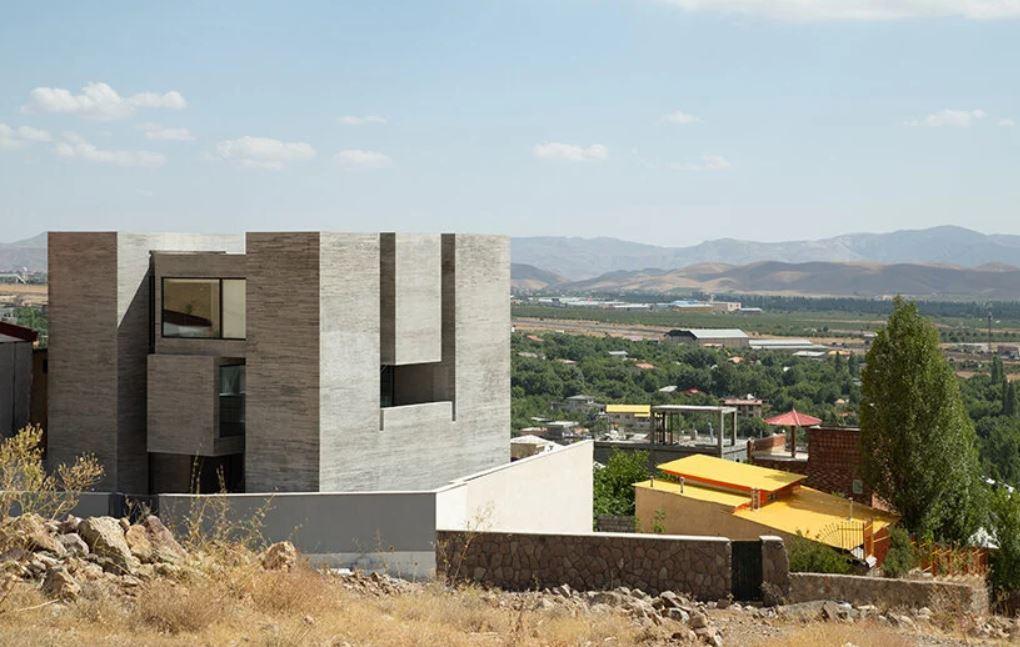 Monolithic House, Ayenevarzan, Built from Concrete in Iran