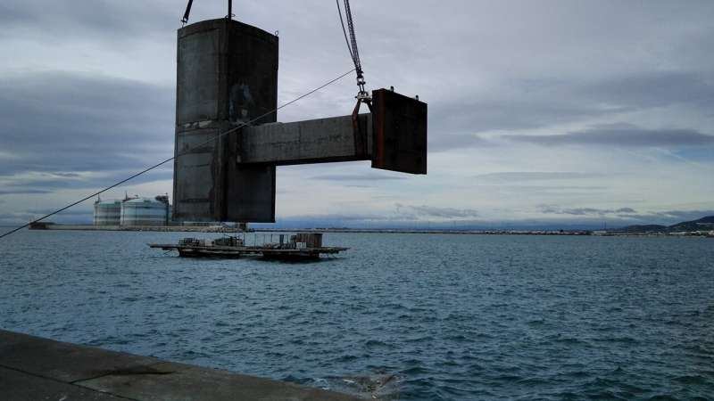 Ultra-resistant and Self-repairing Concrete Materials
